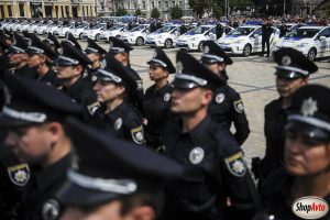 Нацполиция и нерастаможенные авто по Украине